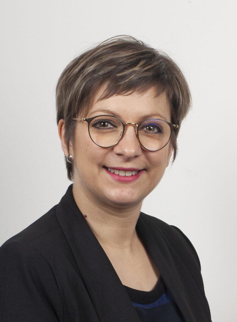 Hélène MAGRE